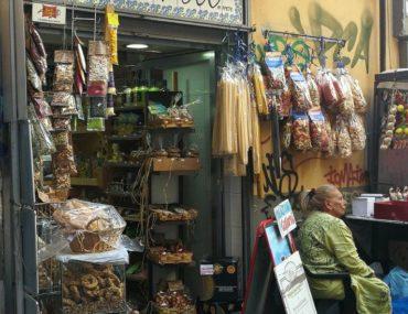 Passeggiando senza meta per Napoli