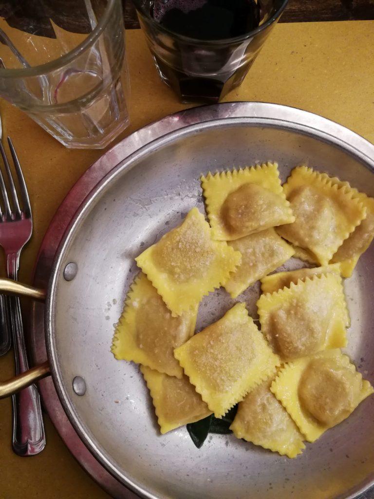 tortelli di zucca cosa mangiare in Friuli Veneto Lombardia