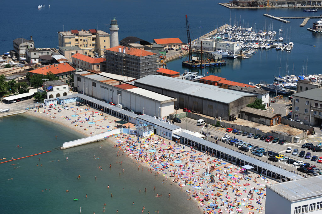 Cosa vedere a Trieste La Lanterna