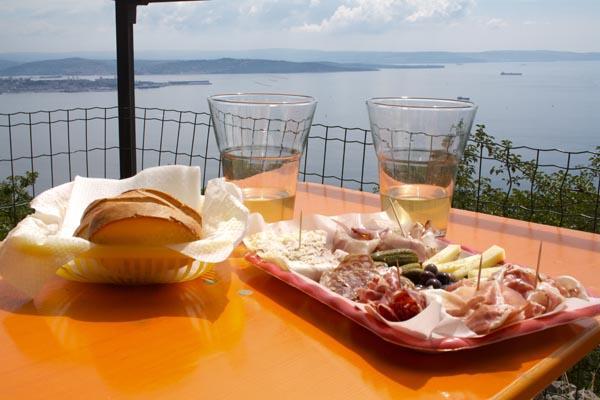 Cosa vedere a Trieste osmiza